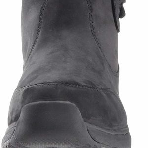 24fb3673157 Ugg Suvi Waterproof Leather boots NEW NWT